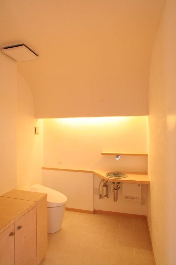 十八間堂トイレ.jpg