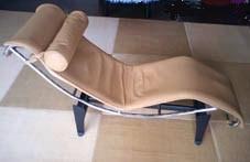 建築と椅子 その5