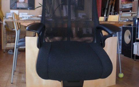 建築と椅子 その6